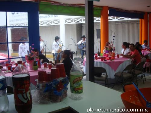 Sal n de fiestas infantiles el globo azul en cuautitlan for Salon villa jardin cuautitlan izcalli