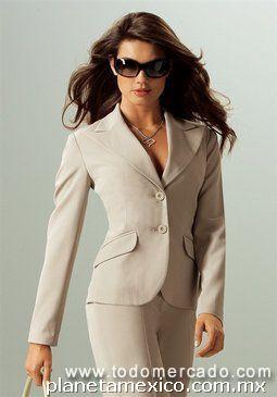 Fotos de uniformes ejecutivos para dama