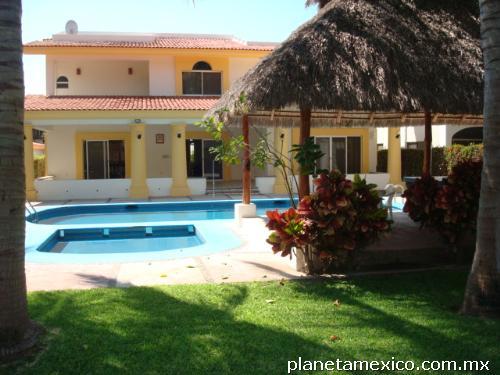 Fotos de casas en renta vacaciones club santiago en manzanillo for Casas en renta en manzanillo