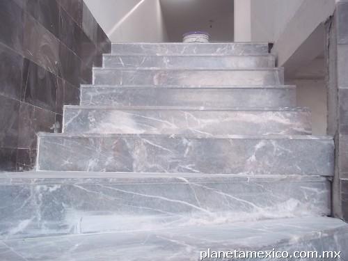 Piso para ba o daltile for Pisos de marmol para bano