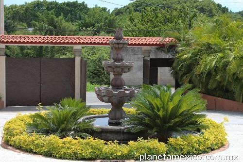 Fotos de mantenimiento y limpieza de jardines for Jardines residenciales