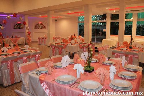 Sal n de eventos sociales el bosque en naucalpan de juarez for Salon villa jardin naucalpan