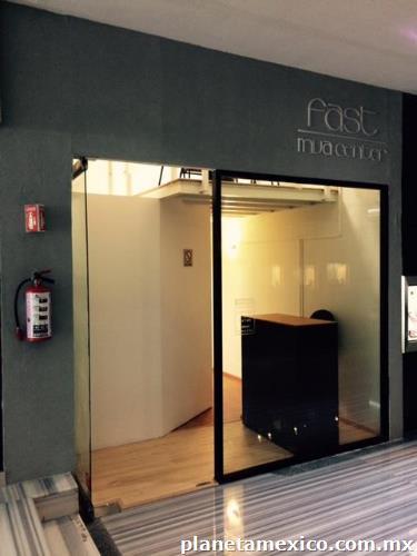 Oficinas ejecutivas en uno de los mejores hoteles de for Oficinas unoe